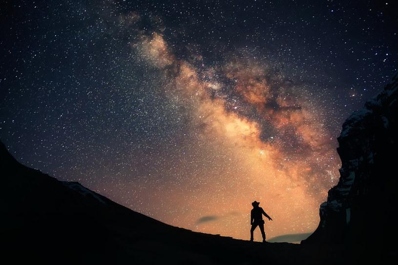 """Droga Mleczna ma duży """"apetyt"""" - pożarła aż 15 innych galaktyk /123RF/PICSEL"""