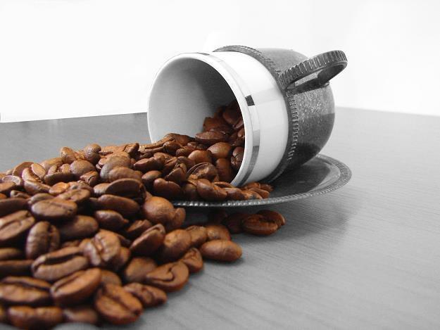 Drogi dolar uderzy w importerów kawy /© Bauer
