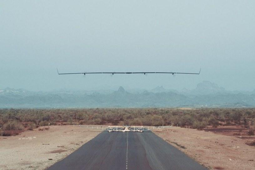 Dron Aquila ma dostarczać internet do miejsc, gdzie aktualnie go nie ma /materiały prasowe