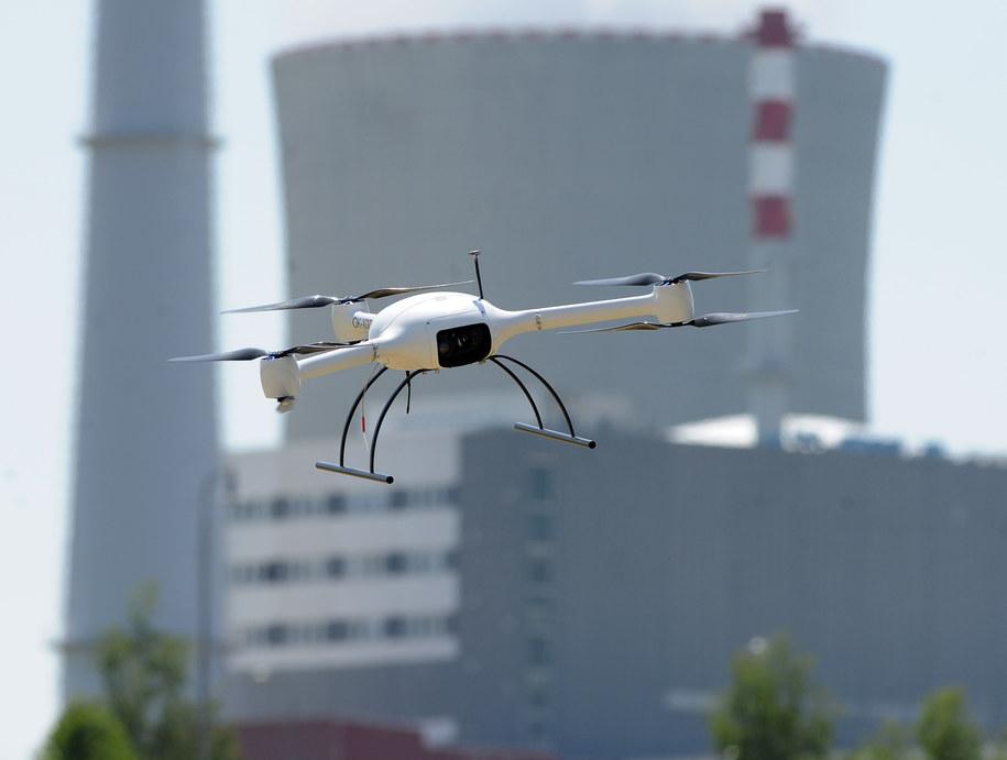 Dron w akcji / Pancer Vaclav    /PAP/EPA