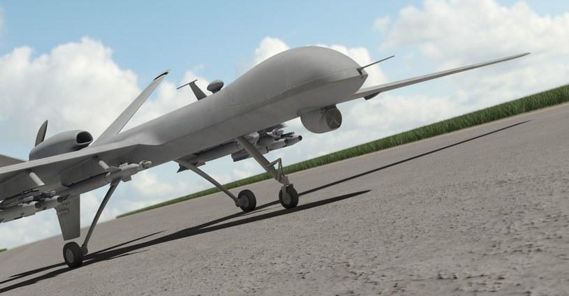 Drony przyszłością pola bitwy? /123RF/PICSEL
