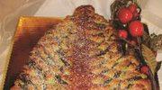 Drożdżowa choinka z masą makową