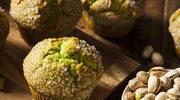 Drożdżowe z pistacjami