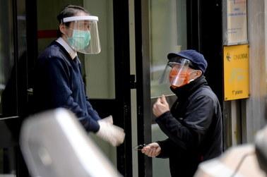 """Druga fala epidemii we Włoszech na jesieni. """"To więcej niż hipoteza, to pewność"""""""