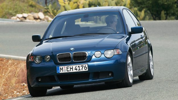Druga generacja wersji Compact debiutowała niespełna trzy lata po premierze sedana. /BMW