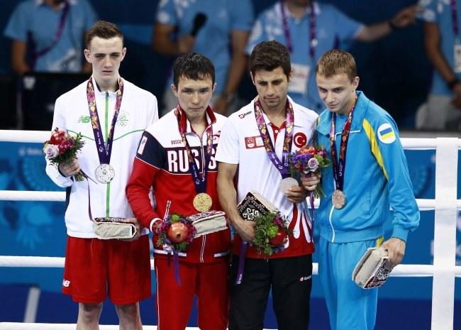 Drugi od lewej Sagałujew. Z prawej Zamotajew /ZURAB KURTSIKIDZE /PAP/EPA