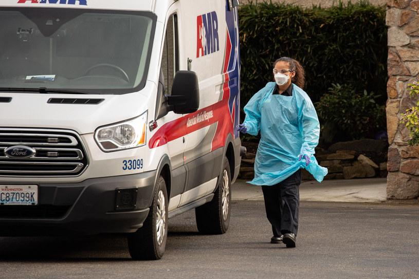 Drugi śmiertelny przypadek koronawirusa w Stanach Zjednoczonych /David Ryder /AFP
