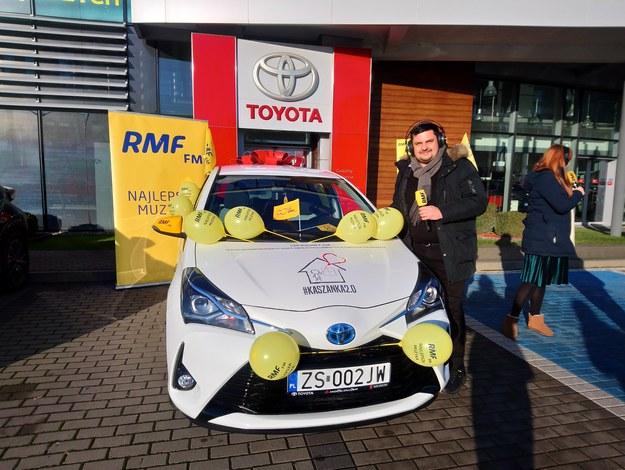 Drugi z samochodów dla hospicjum już gotowy /Joanna Kocot /RMF FM