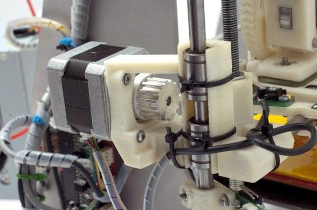 Drukowanie 3D to przyszłość nie tylko biznesu, ale i innych dziedzin życia /123RF/PICSEL