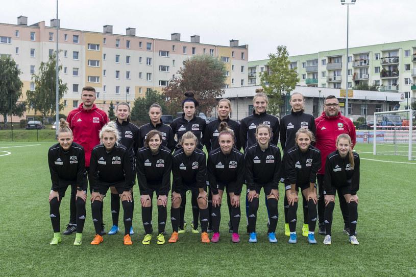 Drużyna piłkarek APLG /PIOTR KUCZA/FOTOPYK / NEWSPIX.PL /Newspix