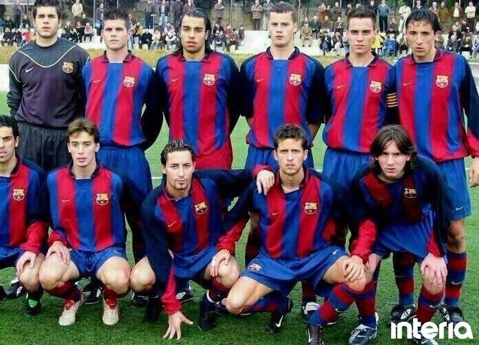 Drużyna rezerw Barcelony z roku 2004. W dolnym rzędzie pierwszy z prawej Leo Messi, drugi z prawej Andreu. Źródło: Archiwum prywatne Andreu /INTERIA.PL