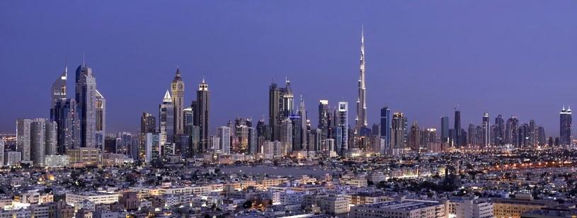 Dubaj słynie z zapierających dech w piersiach widoków /materiały promocyjne