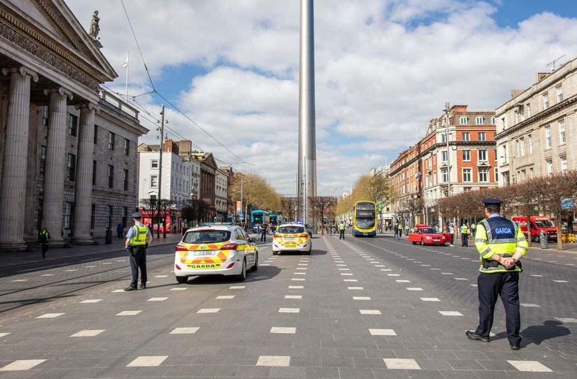 Dublin - stolica Irlandii - w czasie pandemii. Punkty kontrolne policji (Garda) w centrum miasta /AFP