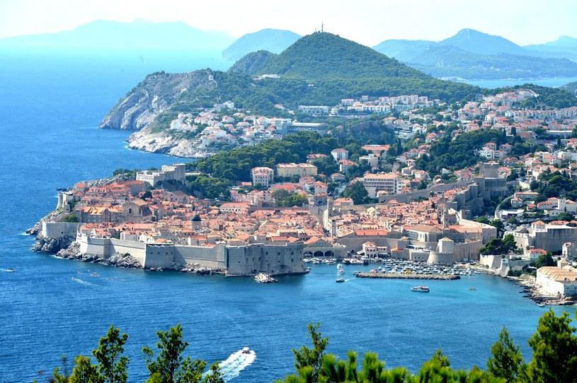 Dubrownik to jedno z najchętniej odwiedzanych przez turystów miast w Chorwacji /LUKASZ KALINOWSKI /East News