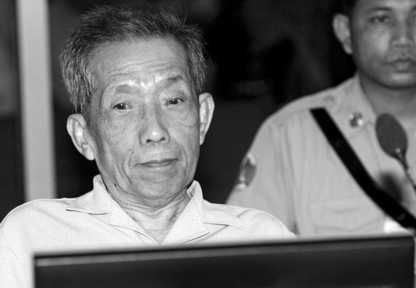 """""""Duch"""" był pierwszym wysokiej rangi funkcjonariuszem reżimu Czerwonych Khmerów skazanym przez trybunał działający pod egidą ONZ /MAK REMISSA /PAP/EPA"""