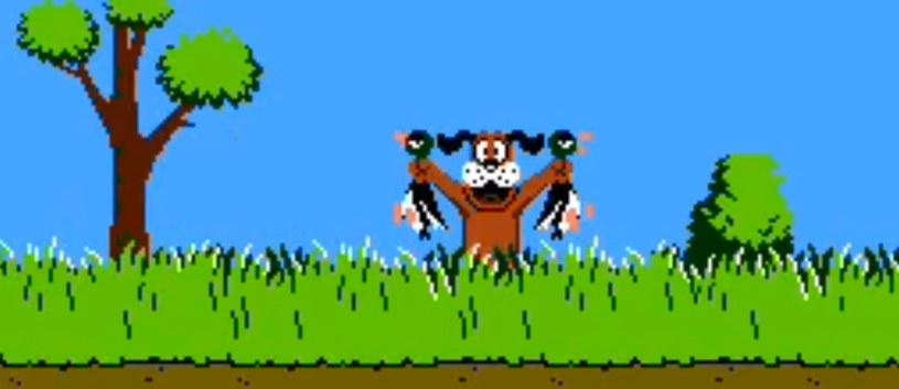 Duck Hunt - kultowy tytuł z konsoli NES współpracujący z kontrolerem w kształcie pistoletu (w Polsce działał na wariacji sprzętu Nintendo znanej pod nazwą Pegasus) /materiały źródłowe