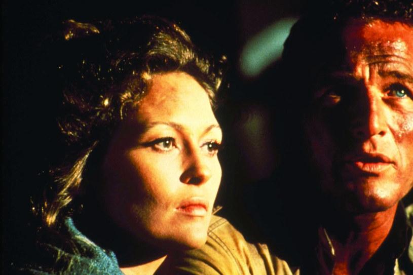 """Dunaway i Paul Newman w """"Płonącym wieżowcu"""" (1974) /materiały dystrybutora"""