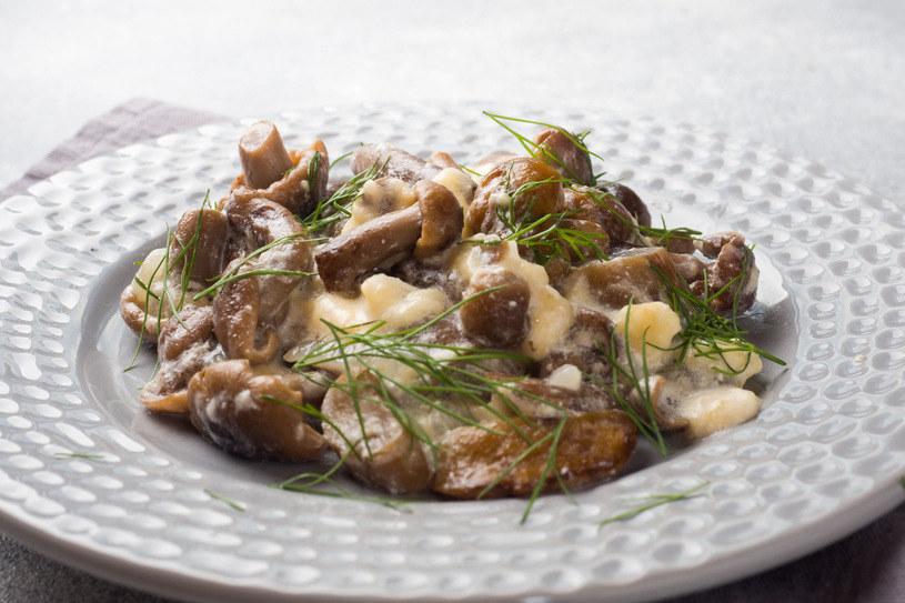 Duszone rydze na maśle smakują obłędnie z ziemniakami lub kluseczkami /123RF/PICSEL