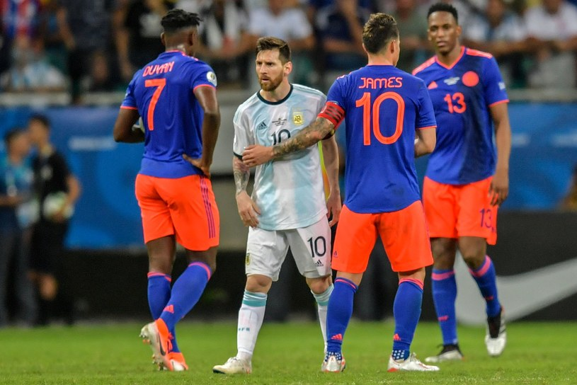 Duvan Zapata, Leo Messi i James Rodriguez po meczu Kolumbia - Argentyna /AFP