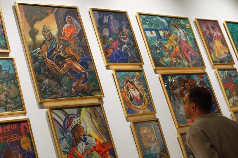 Dużą retrospektywną wystawę prac Zofii Stryjeńskiej zorganizowało Muzeum Narodowe w Krakowie /Piotr Tumidajski /Agencja FORUM