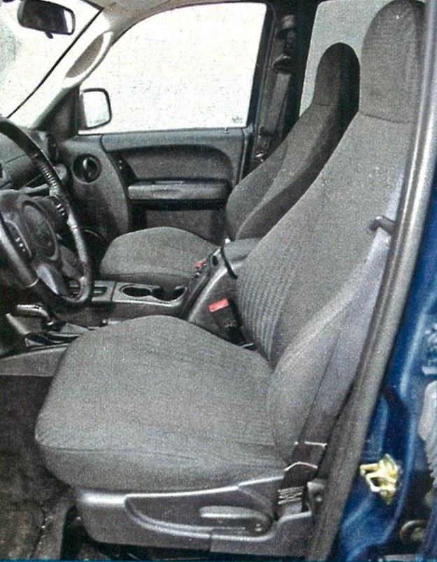 Duże fotele to konieczność w samochodzie rodem z USA. /Motor