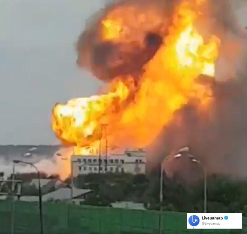 Duży pożar wybuchł w czwartek w Mytiszczach pod Moskwą w znajdującej się tam elektrowni /Liveuamap /Twitter