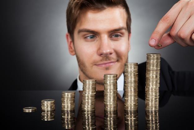 Duży spadek przeznaczylibyśmy na inwestycje, pomoc rodzinie i spłatę długów /©123RF/PICSEL