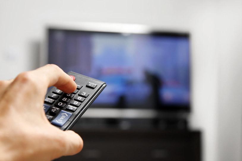 DVB-T2 wywołał - u niektórych - konsternację. Czy rzeczywiście nie obędzie się bez nowego telewizora? /123RF/PICSEL