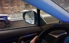 Dwa filmy z krakowskich ulic. Czy kierowcy łamali  przepisy?