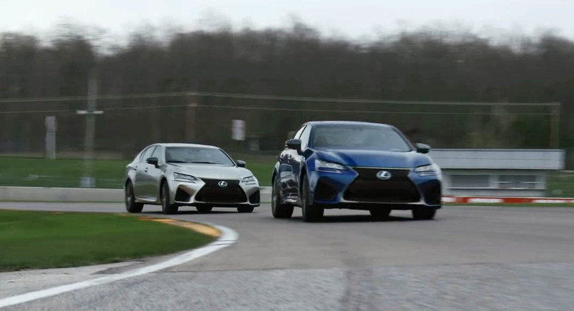 Dwa Lexusy GS F na torze Road America /