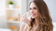 Dwa litry wody dziennie dla zdrowej skóry