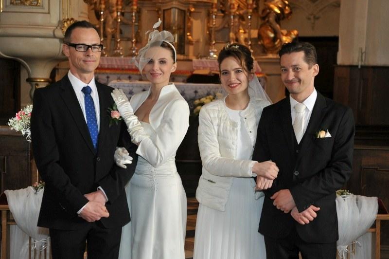 """Dwa śluby w """"Na Wspólnej"""" /Agencja W. Impact"""
