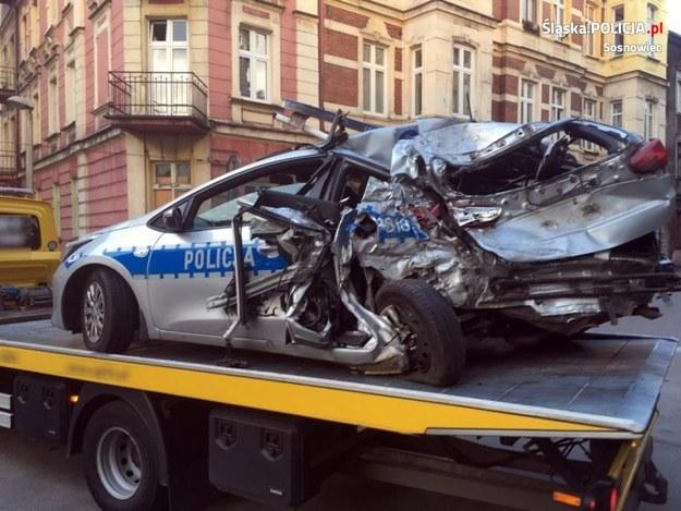 Dwaj policjanci trafili do szpitala /KWP Katowice /Policja