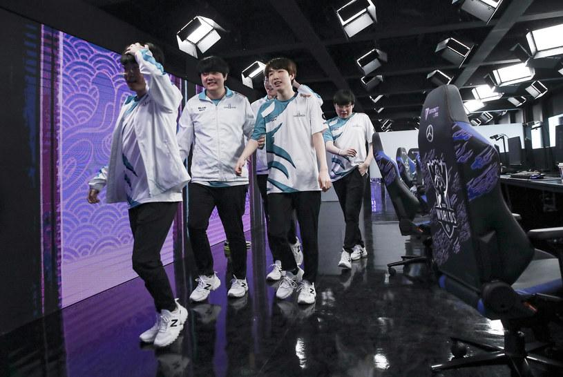DWG KIA to mistrzowie świata z 2020 roku. Od tego czasu zespół wymienił tylko toplanera. /Zhang Lintaol / Riot Games /materiały promocyjne