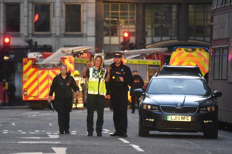 Dwie osoby zginęły w ataku na Moście Londyńskim /FACUNDO ARRIZABALAGA /PAP