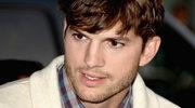 """""""Dwóch i pół"""": Ashton Kutcher jest już wolny!"""