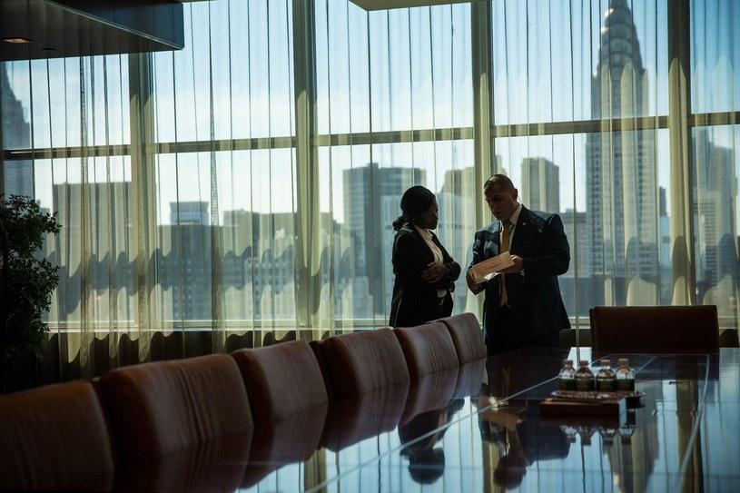 Dwoje pracowników ONZ w siedzibie organizacji w Nowym Jorku /AFP