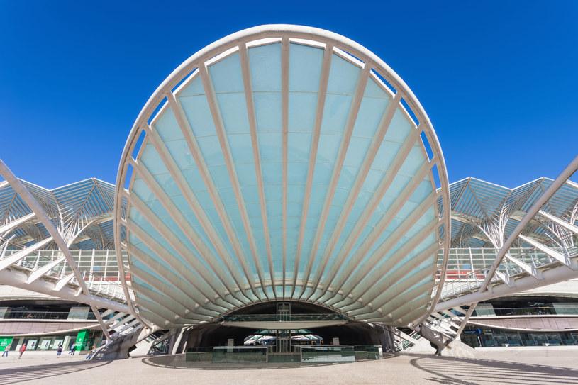 Dworzec Oriente - architektoniczna perełka /123RF/PICSEL