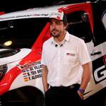 Dwukrotny mistrz świata F1 Fernando Alonso szybki także na pustyni