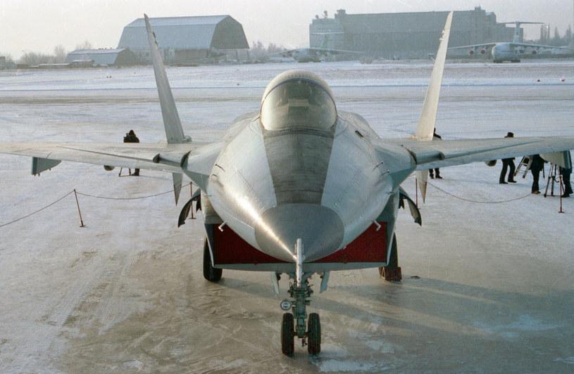 Dwumiejscowy, naddźwiękowy radziecki myśliwiec przechwytujący /Wojciech Laski /East News