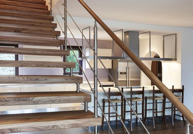 Dwupoziomowe mieszkania są tańsze /©123RF/PICSEL