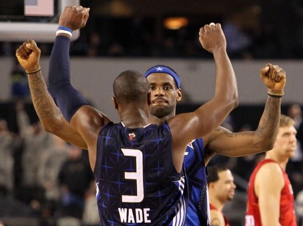 Dwyane Wade i LeBron James mogą zagrać razem w Miami Heat /AFP