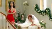 Dygant w sukni ślubnej