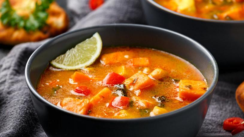 Dyniowe curry to polska odpowiedź na potrawy kuchni azjatyckiej /123RF/PICSEL