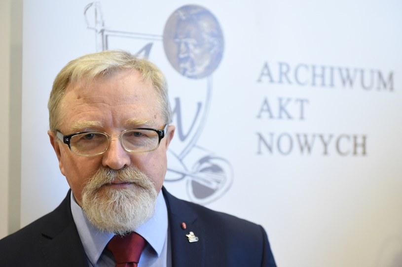 Dyrektor Archiwum Akt Nowych Tadeusz Krawczak /Rafał Oleksiewicz /Reporter