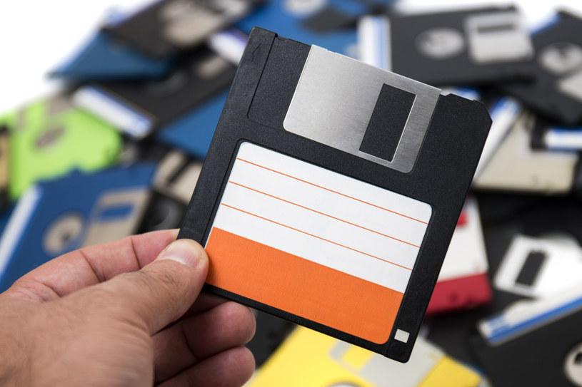 Dyskietka o pojemności 1,44 MB /123RF/PICSEL
