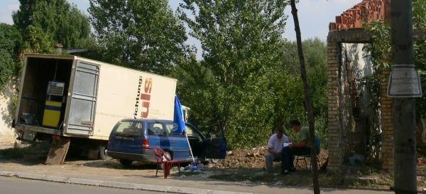 Dystrybutor benzyny w Mitrowicy/Fot. Ziemowit Szczerek /INTERIA.PL