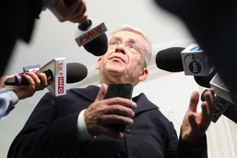 Dyżurami byłego marszałka Senatu Stanisława Karczewskiego zajmuje się prokuratura /Tomasz Jastrzębowski /Reporter