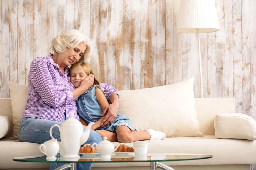 Dziadkowie są ważni dla wnuków /123RF/PICSEL