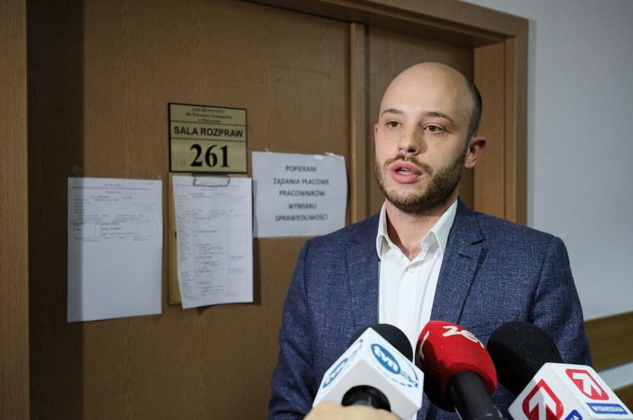 Działacz społeczny Jan Śpiewak przed ogłoszeniem wyroku /Paweł Supernak /PAP